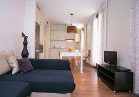 Apartamento ,Alquiler ,Calle Sant Miquel,08003 Barcelona,España ,2 Habitaciones ,1 Baño